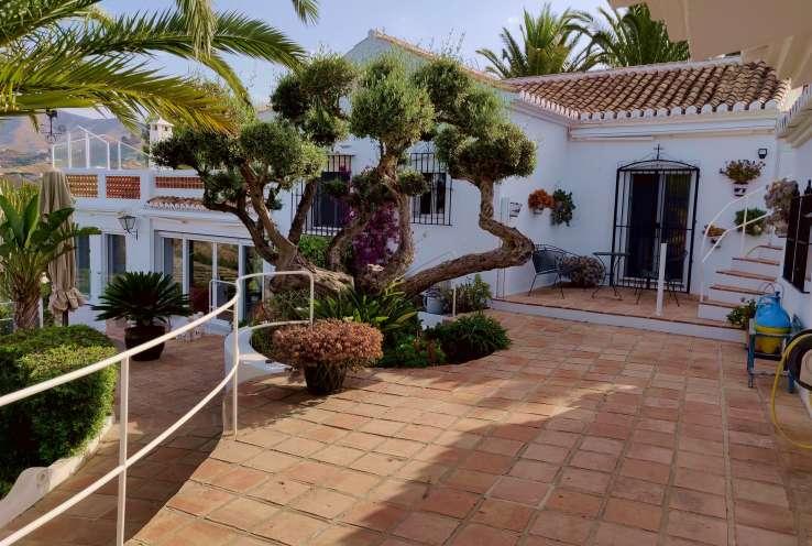 Villa Pool Garden La Herradura Costa Tropical Granada