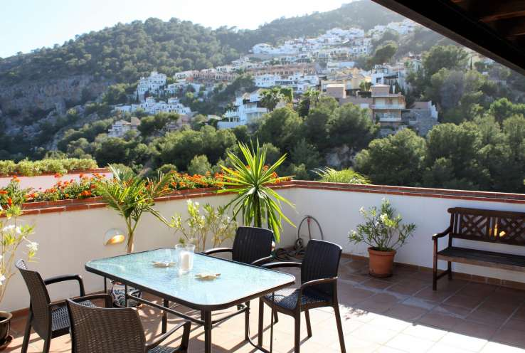 townhouse gated urbanisation pool La Herradura costa Tropical